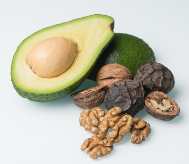 Plant-Based-Transition-Healthy-Fats-Avocado-Walnuts