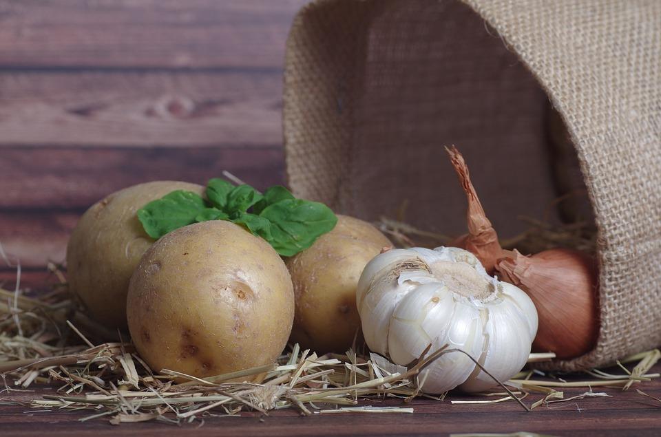 potatoes-2046524_960_720